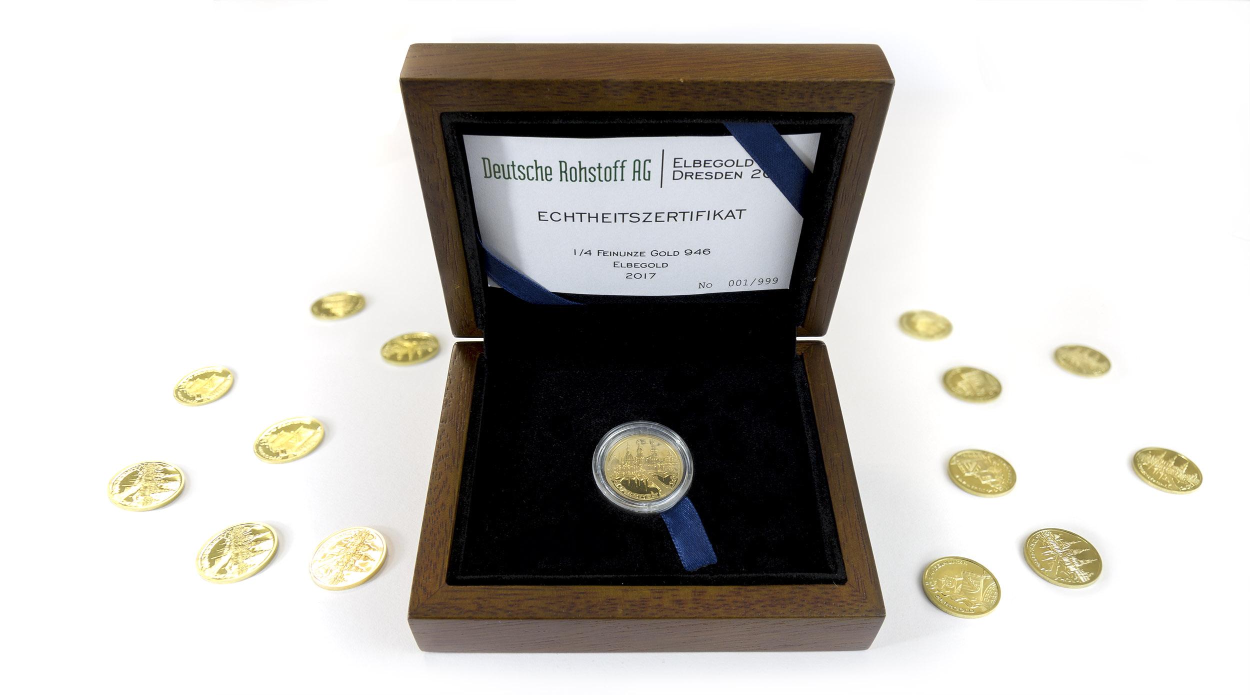 elbegoldmedaillebox-mit-medaillen_2500px